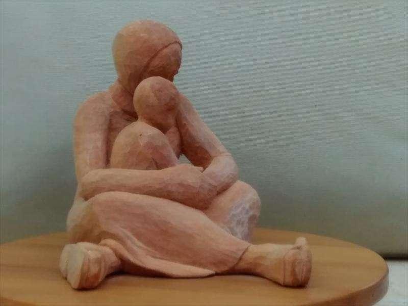 אם וילד, בהשראת תצלום עיתונאי של פליטה סורית, עץ תרזה