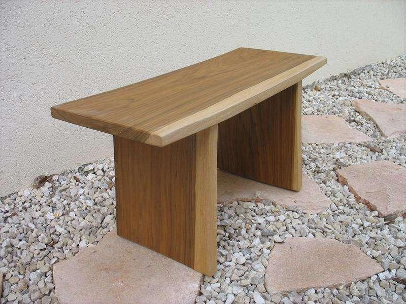 ספסל, מעץ מנסוניה