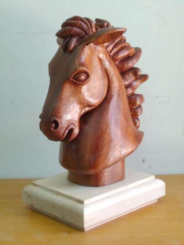 ראש סוס מעץ מהגוני, ישראל