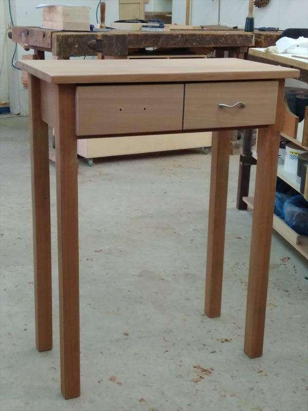 שולחן צד מעץ ספלי, ציפי
