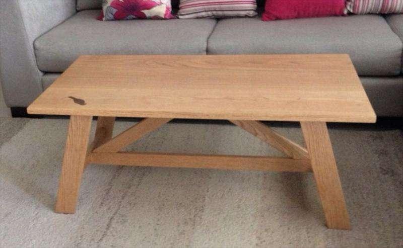 שולחן לסלון עם ציפור, אלון לבן, ציפי
